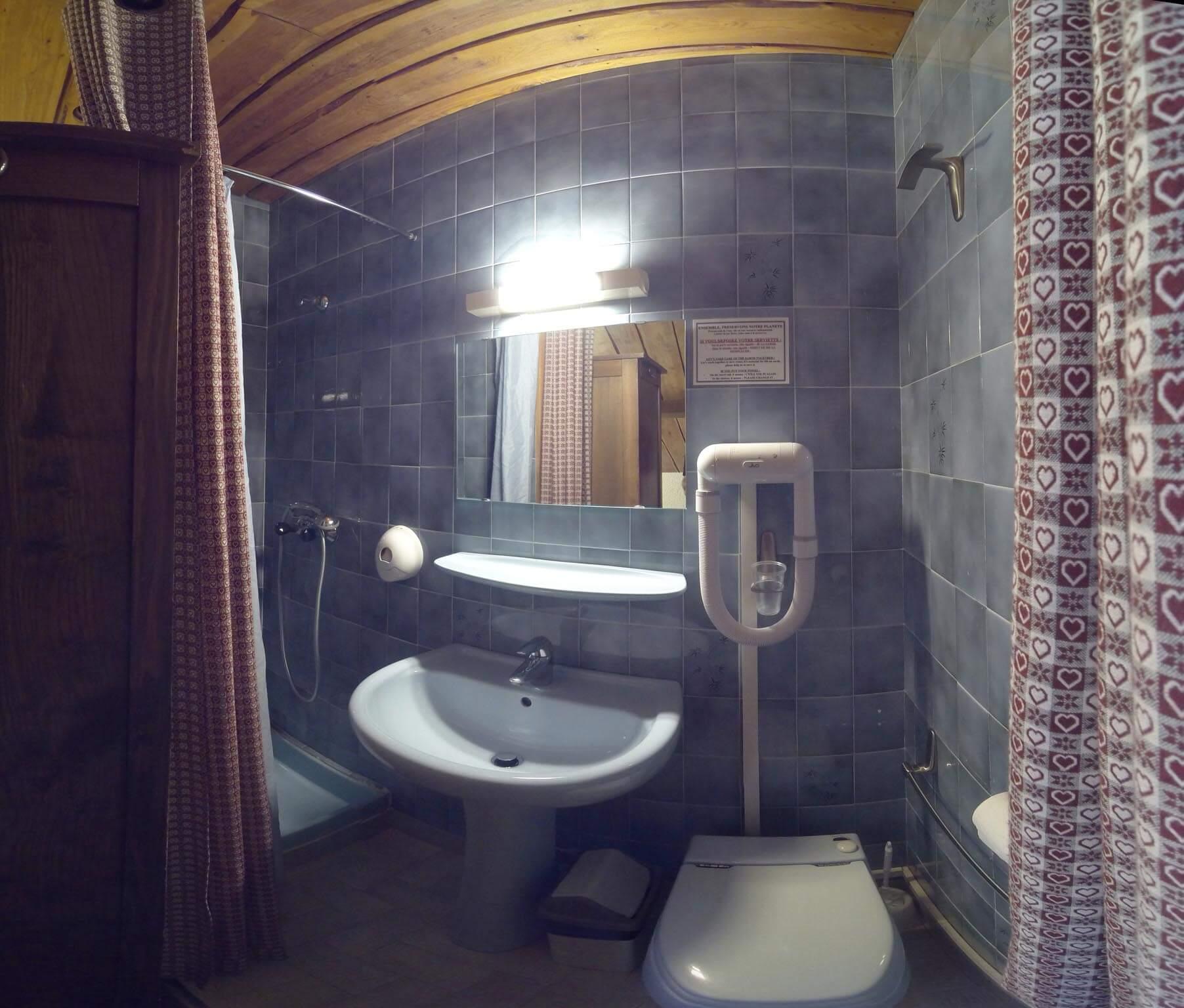 Idées chambre simple hotel definition : PORTFOLIO CHAMBRES LES ...